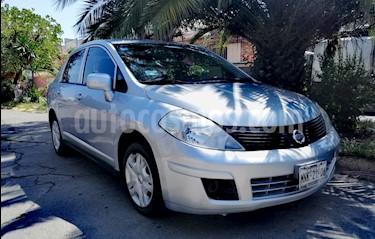 Nissan Tiida Sedan Sense usado (2013) color Plata precio $105,000