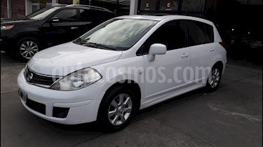 Foto venta Auto usado Nissan Tiida Acenta (2010) color Blanco precio $299.000