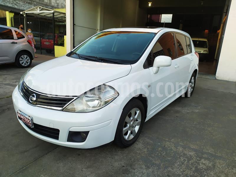 Nissan Tiida Acenta usado (2010) color Blanco precio $590.000