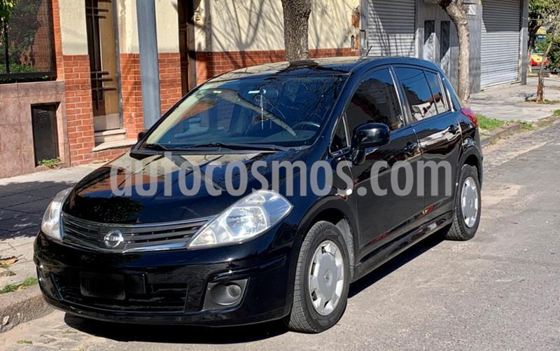 Nissan Tiida Visia usado (2011) color Negro precio $465.000
