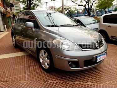 Foto venta Auto usado Nissan Tiida Tekna (2014) color Gris precio $469.990