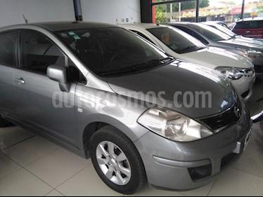 Foto venta Auto usado Nissan Tiida Visia (2013) color Gris Claro precio $235.000