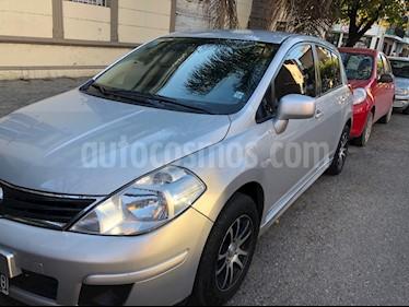 Foto venta Auto usado Nissan Tiida Visia (2011) color Gris Claro precio $220.000