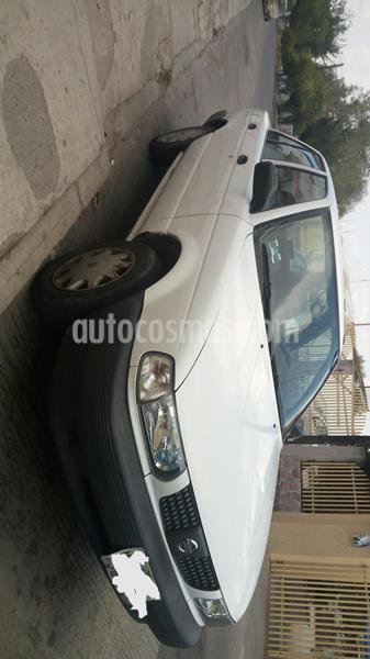 Nissan Tsuru GS I Ed. Millon y Medio usado (2013) color Blanco precio $70,000