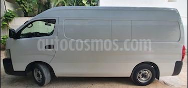 Nissan Urvan Panel Ventanas Amplia usado (2017) color Blanco precio $305,000