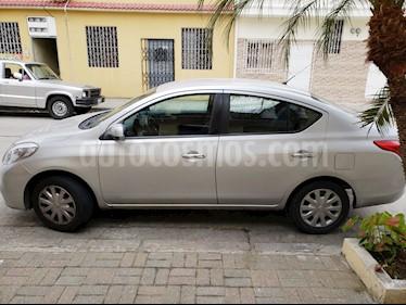 Foto Nissan Versa 1.6L Sense  usado (2012) color Plata precio u$s13.000