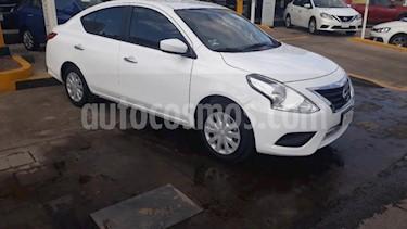 Foto Nissan Versa 4p Sense L4/1.6 Aut usado (2018) color Blanco precio $185,000