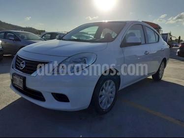 Foto Nissan Versa 4P SENSE TM5 A/AC. VE. usado (2014) color Amarillo precio $120,000