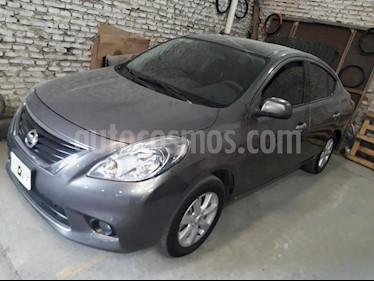 Foto venta Auto usado Nissan Versa Advance Aut (2014) color Gris Oscuro precio $315.000