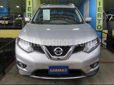 Foto venta Carro usado Nissan Versa Advance Aut  (2015) color Plata precio $75.900.000