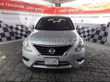 Foto venta Auto usado Nissan Versa Advance Aut (2017) color Plata precio $185,000