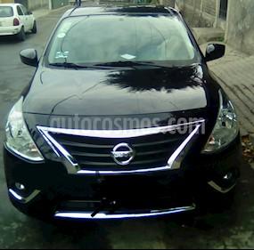 Nissan Versa Advance Aut usado (2018) color Negro precio $160,000