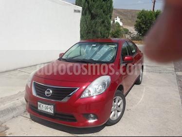 Nissan Versa Advance Aut  usado (2014) color Rojo precio $140,000