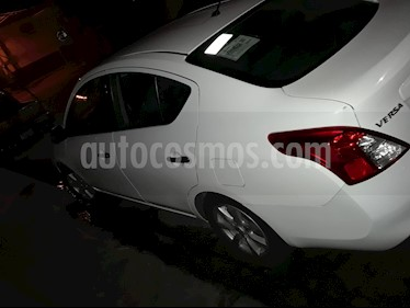 Foto venta Auto usado Nissan Versa Advance Aut  (2014) color Blanco precio $130,000