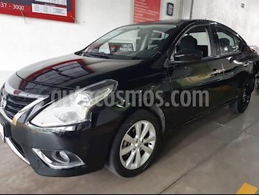 Foto venta Auto usado Nissan Versa Advance Aut (2017) color Negro precio $189,000