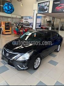 Foto Nissan Versa Advance Aut usado (2017) color Negro precio $174,000