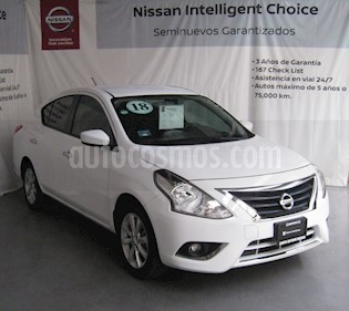 Foto Nissan Versa Advance Aut usado (2018) color Blanco precio $195,000