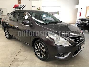 Foto venta Auto usado Nissan Versa Advance Aut (2017) color Titanio precio $195,000