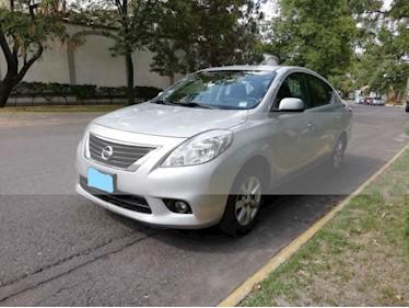 Foto venta Auto usado Nissan Versa Advance Aut (2014) color Plata precio $114,500
