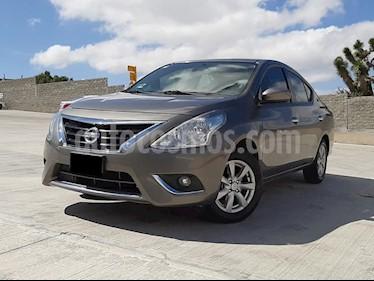 Foto Nissan Versa Advance Aut usado (2016) color Titanio precio $163,000