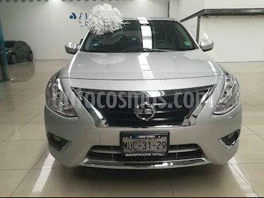 foto Nissan Versa Advance Aut usado (2015) color Plata precio $148,000