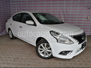 Foto Nissan Versa Advance Aut usado (2018) color Blanco precio $184,000