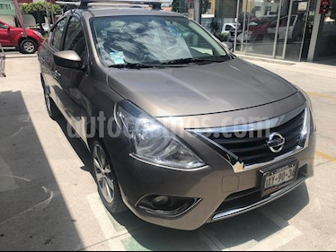 Foto Nissan Versa Advance Aut usado (2018) color Bronce precio $200,000