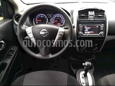 Foto Nissan Versa Advance Aut usado (2017) color Gris precio $175,000