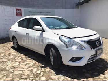 Foto venta Auto Seminuevo Nissan Versa ADVANCE MT (2018) color Blanco precio $232,000