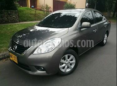 Foto venta Carro usado Nissan Versa Advance (2013) color Gris precio $27.500.000