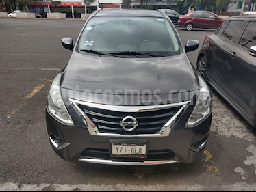 Nissan Versa Advance usado (2017) color Bronce precio $165,000