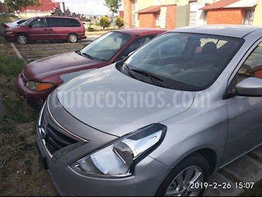 Foto venta Auto usado Nissan Versa Advance (2017) color Plata precio $145,000