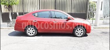 Foto Nissan Versa Advance  usado (2014) color Rojo precio $120,000