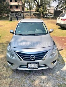 Nissan Versa Advance usado (2015) color Gris precio $99,000