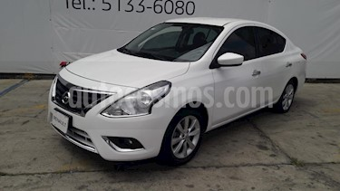 Foto Nissan Versa Advance usado (2017) color Blanco precio $169,000