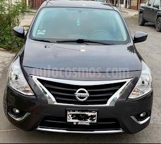 Foto Nissan Versa Advance usado (2016) color Gris Oscuro precio $155,000
