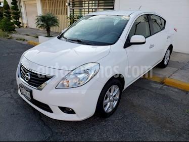 Foto venta Auto Seminuevo Nissan Versa Advance  (2014) color Blanco precio $125,000