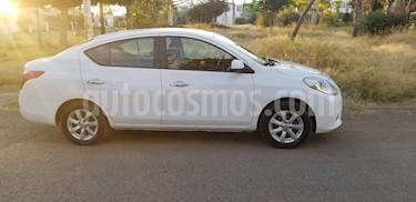 Nissan Versa Advance usado (2013) color Blanco precio $120,000