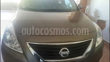 Foto venta Auto Seminuevo Nissan Versa Advance (2013) color Bronce precio $139,000
