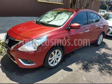 Foto Nissan Versa Advance usado (2017) color Rojo precio $160,000