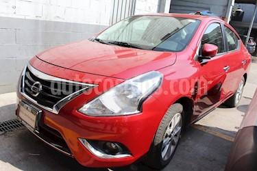 Foto venta Auto Seminuevo Nissan Versa Advance (2015) color Rojo