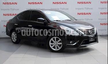 Foto venta Auto Seminuevo Nissan Versa Advance (2017) color Negro precio $174,000