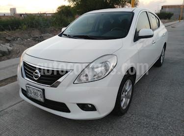 Foto venta Auto usado Nissan Versa Advance (2012) color Blanco precio $109,000