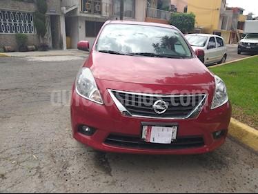 Foto Nissan Versa Advance  usado (2014) color Rojo precio $125,000