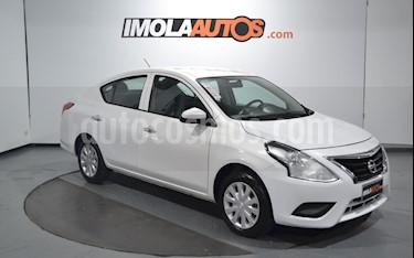 Nissan Versa Sense usado (2017) color Blanco precio $559.000