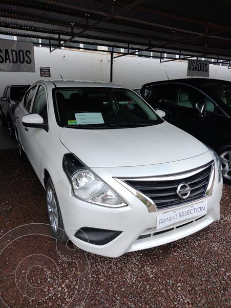 Foto Nissan Versa Sense usado (2017) color Blanco precio $1.470.000