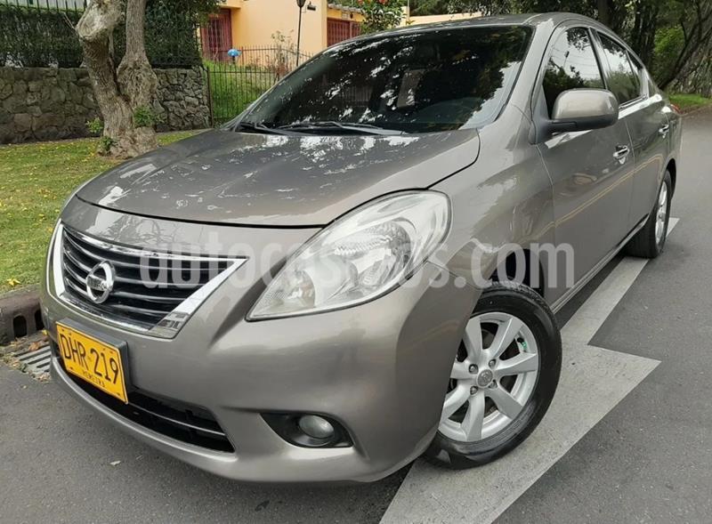 Nissan Versa Advance Aut usado (2012) color Gris precio $25.900.000