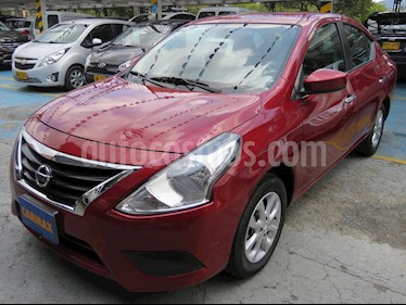 Foto Nissan Versa Advance Aut usado (2019) color Rojo precio $42.900.000
