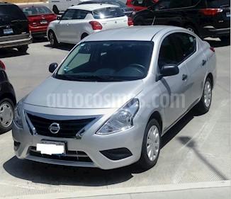 Foto Nissan Versa Drive Aut usado (2017) color Plata precio $149,999
