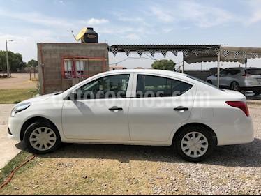 Foto Nissan Versa Drive usado (2018) color Blanco precio $157,000